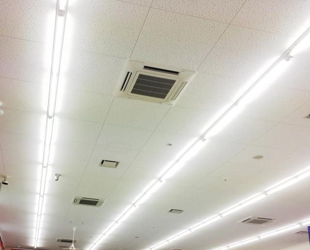 蛍光灯がつかない原因はコレ!交換しても電気がつかない時の対策