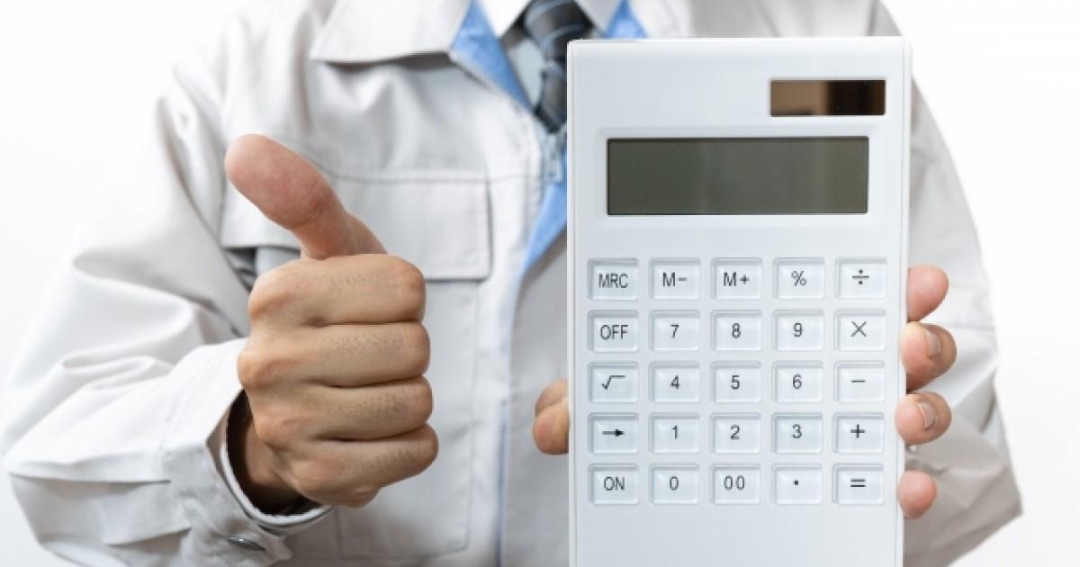 窓用エアコンの取り付け手順・業者の工事費用|防犯対策も解説