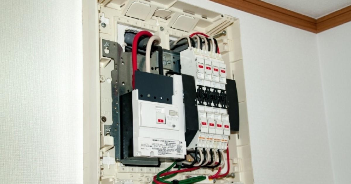 分電盤は屋内の電気設備を支える要!構造や役割について覚えておこう