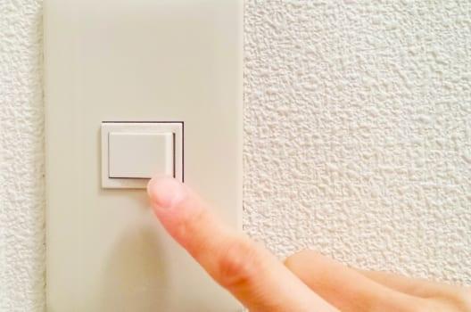【1】片切りスイッチ