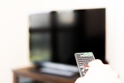 テレビでBS/CS放送を視聴するために必要なもの