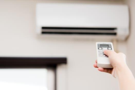 冷暖房の推奨室温に設定する