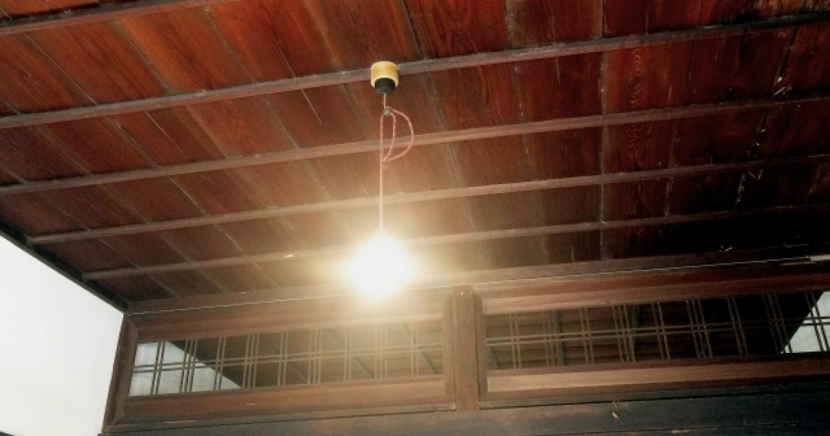 天井コンセントの設置|照明器具・作業用配線がほしい際に必要な工事