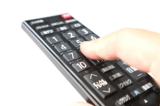症状【1】リモコン操作でテレビが反応しない